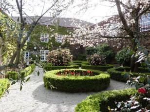 Casa dos Barros courtyard